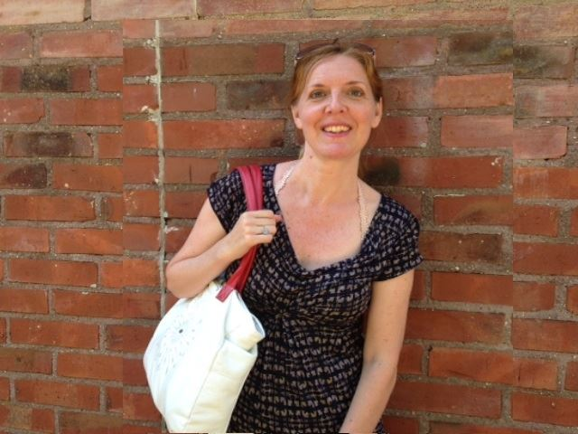 Beautiful Pernilla with her Downtown Tote in white and red!